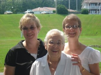Aunt Kathy, Grammy, Mom